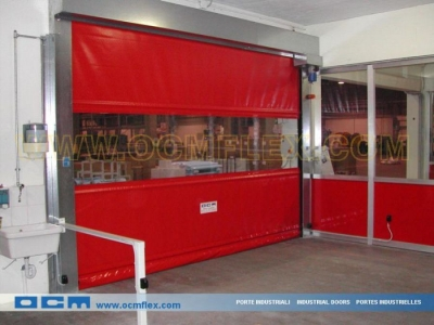 Fast action rolling doors